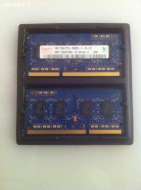 2x Hynix 1gb DDR3 SO-DIMM PC3-8500 1066mhz memorija