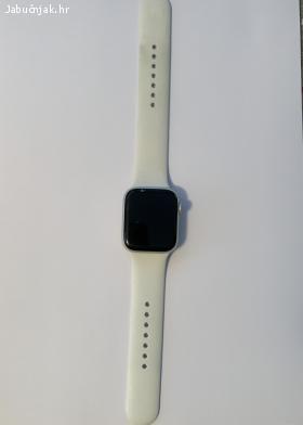 Apple Watch 4 Silver Aluminum 44mm