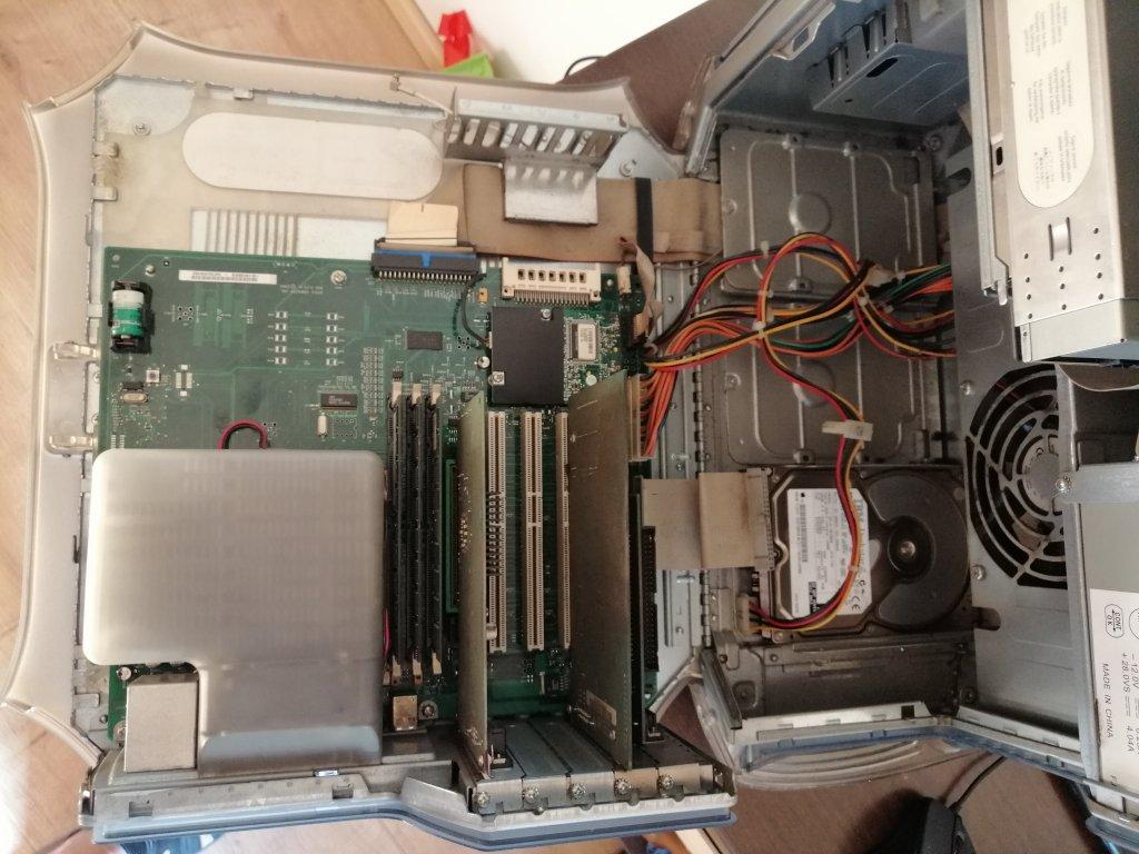 PowerMacG4-01.jpg